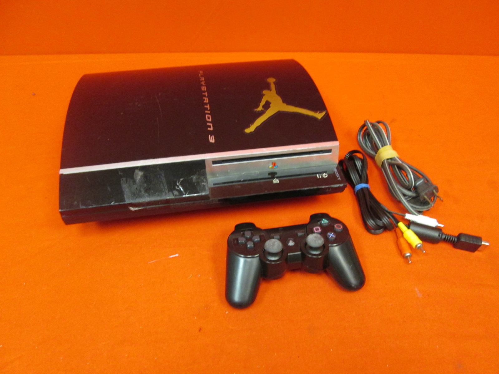 Image 0 of PlayStation 3 40GB CECHL01 System Video Game Console With Controller