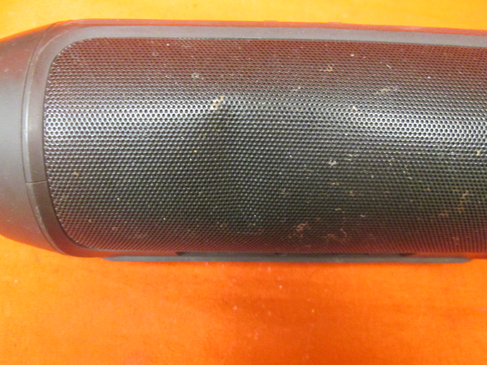 Image 1 of Broken JBL Charge 2+ Splashproof Portable Bluetooth Speaker Black