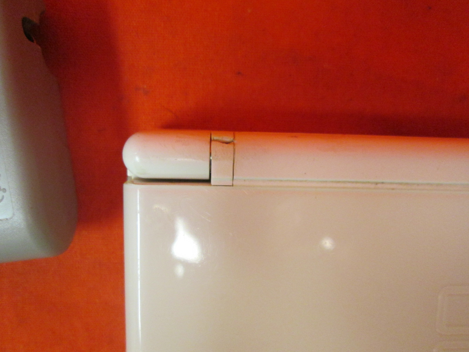Image 1 of Nintendo DS Lite Polar White Handheld Video Game Console