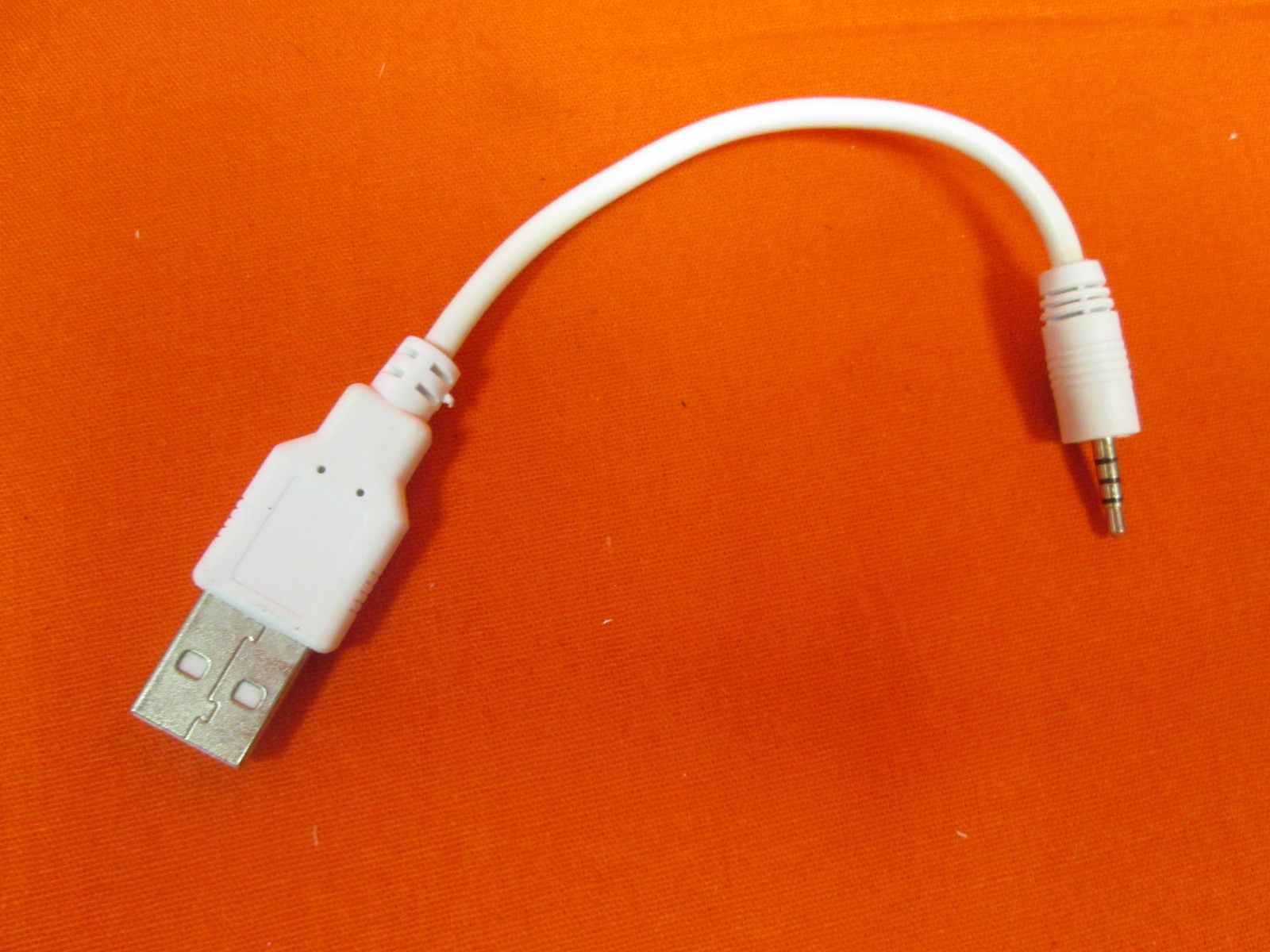 Replacement 6 Inch USB To 2.5MM Charge Cable For Headphones Or MP3