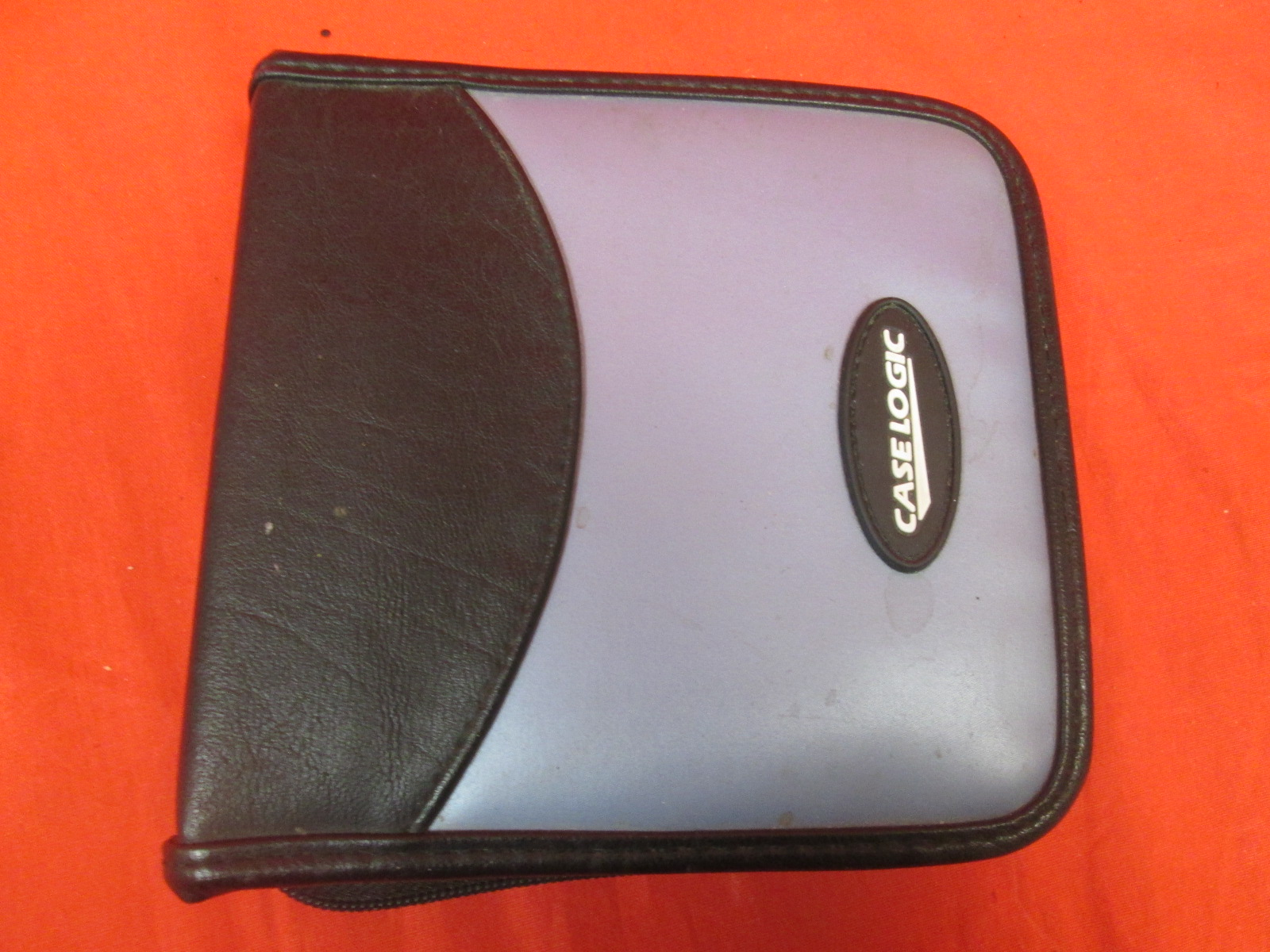 TW-24 CD Wallet 24 Capacity Nylon Metalic Blue By Case Logic On Audio