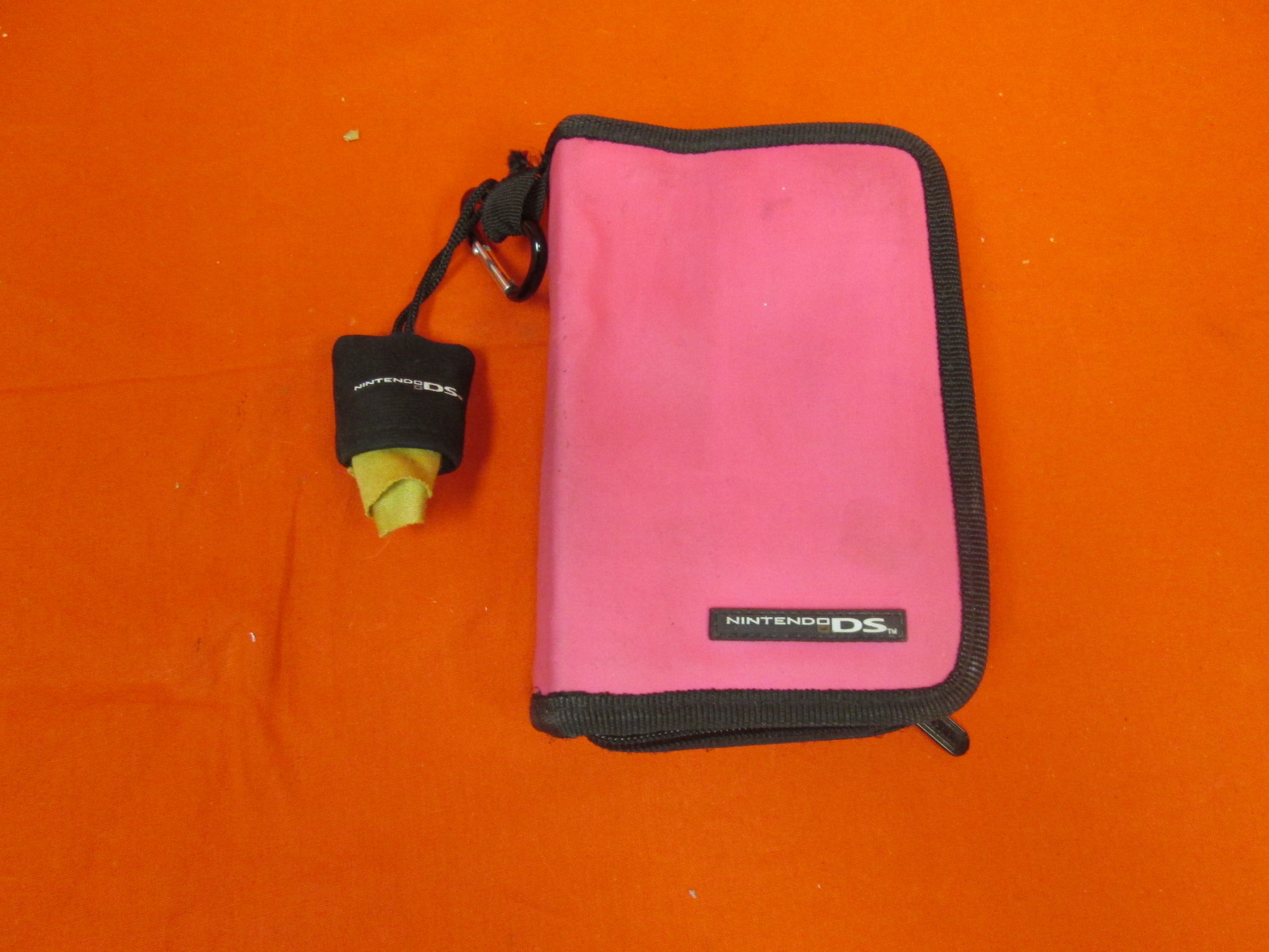Nintendo Travel Case Pink For Nintendo DS DSi 3DS Handheld Console