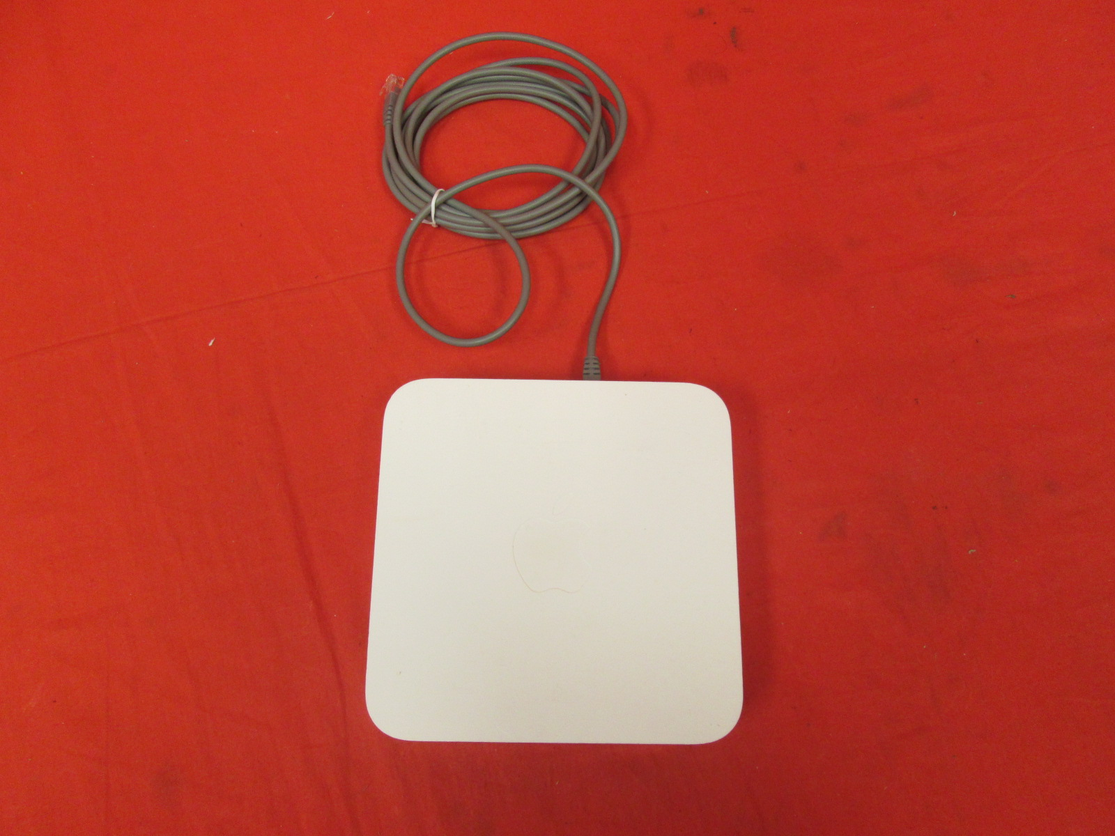 Broken Apple 5th Gen Airport Extreme Base Station MD031LL/A