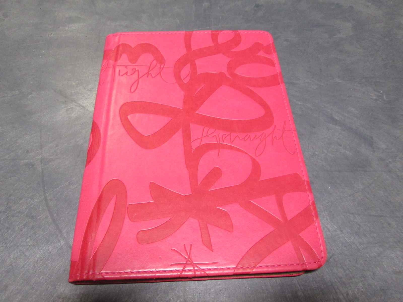 Verso 7 Inch Pink Decorative Tablet Case