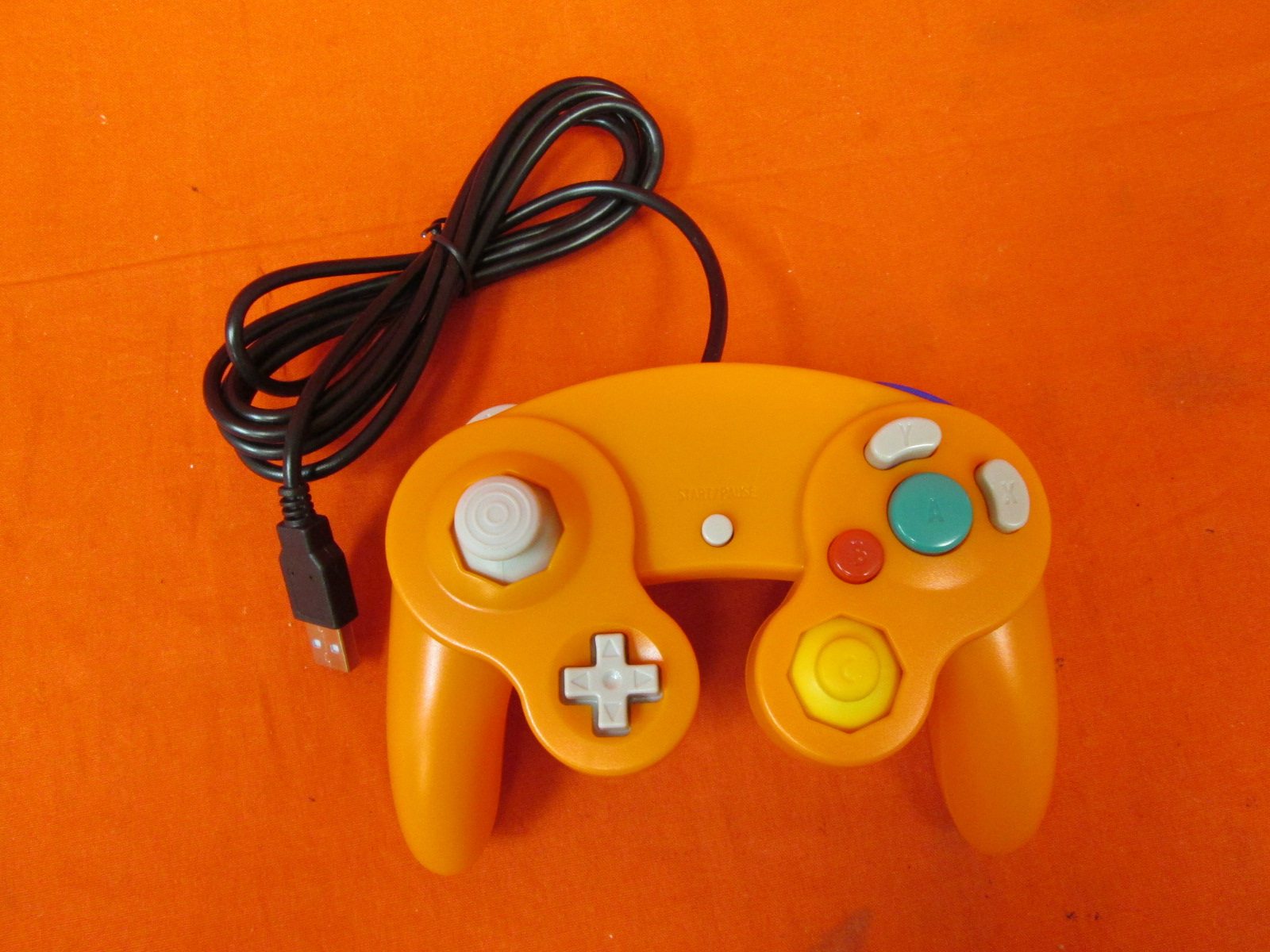 Image 0 of USB Wired Controller GameCube Gamepad Orange For PC MAC Linux