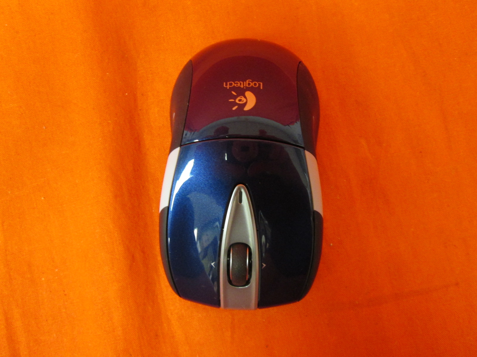 Image 0 of Logitech Wireless Mouse M525 Navy/grey Incomplete
