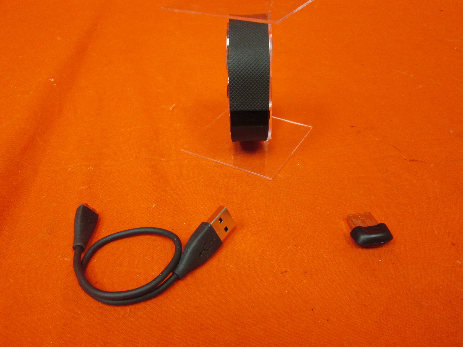 Broken Fitbit Charge Hr Wireless Activity Wristband Black Large