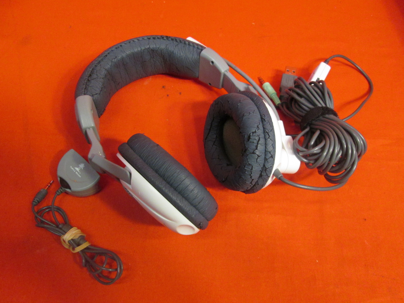 Ear Force X1 Stereo Headset With Chat For Xbox 360 Broken
