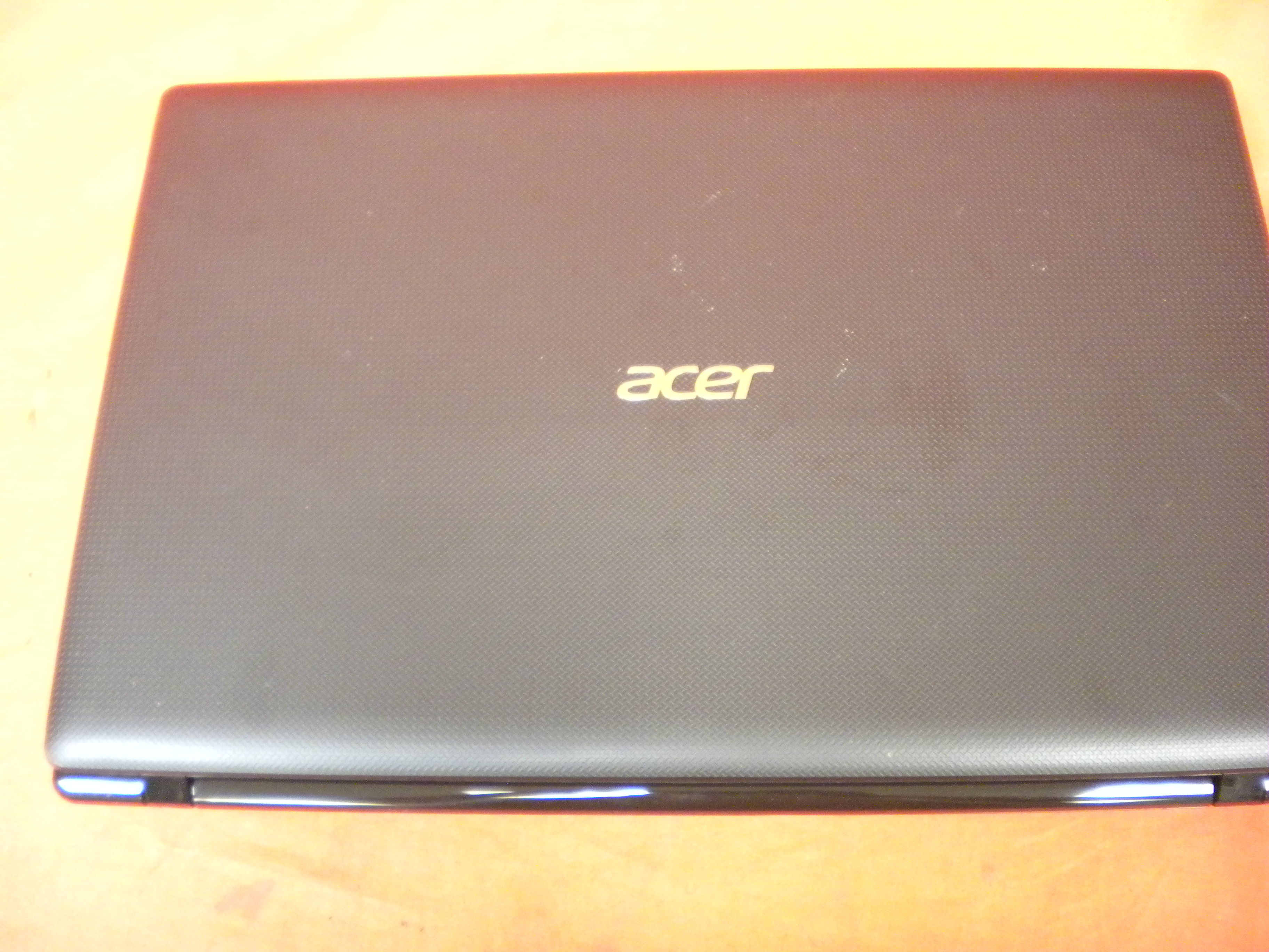 Image 3 of Acer Aspire 7560-7183 Laptop 17.3