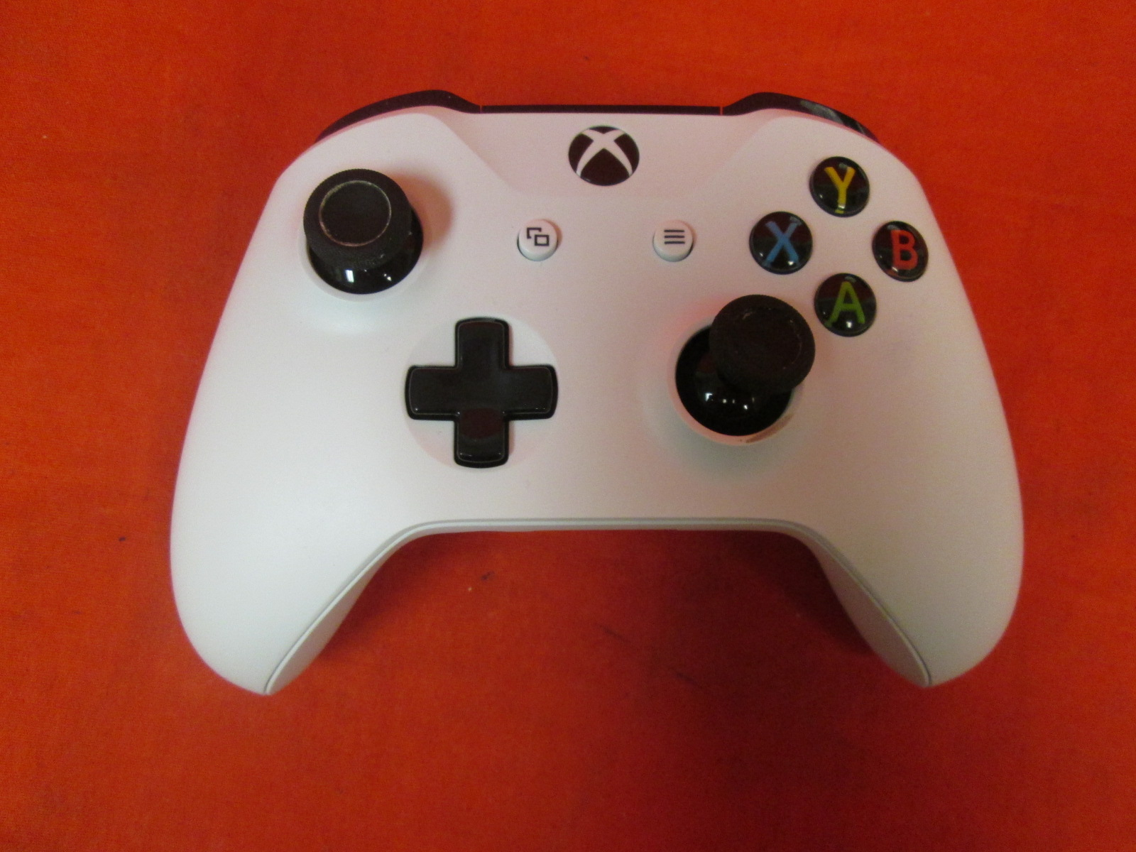 Image 0 of Xbox Wireless Controller White For Xbox One Broken