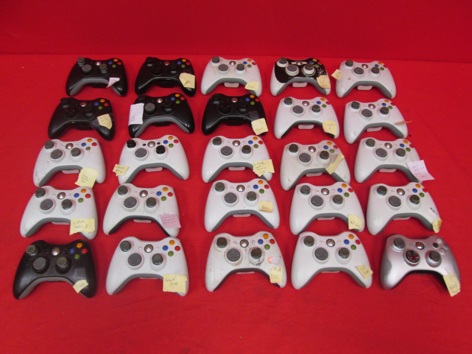 Lot Of 25 Xbox 360 Microsoft Wireless Controllers Broken