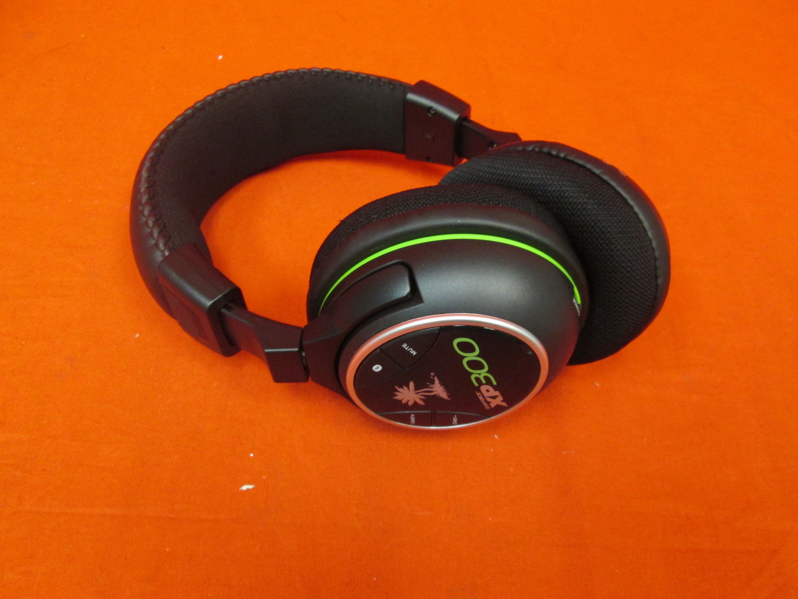 Image 0 of Turtle Beach Ear Force XP300 Wireless Gaming Headset Only Xbox 360