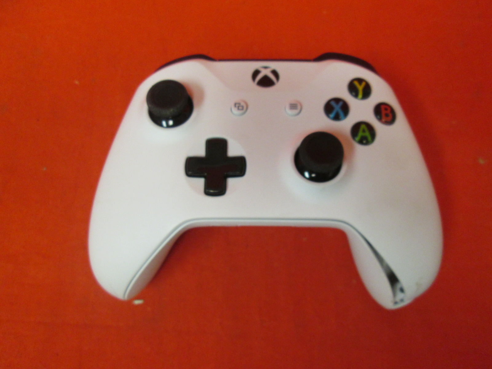 Broken Xbox Wireless Controller White For Xbox One