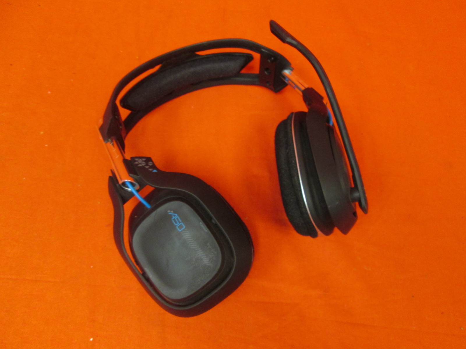Astro Gaming A50 Wireless Dolby Gaming Headset Black/blue Incomplete