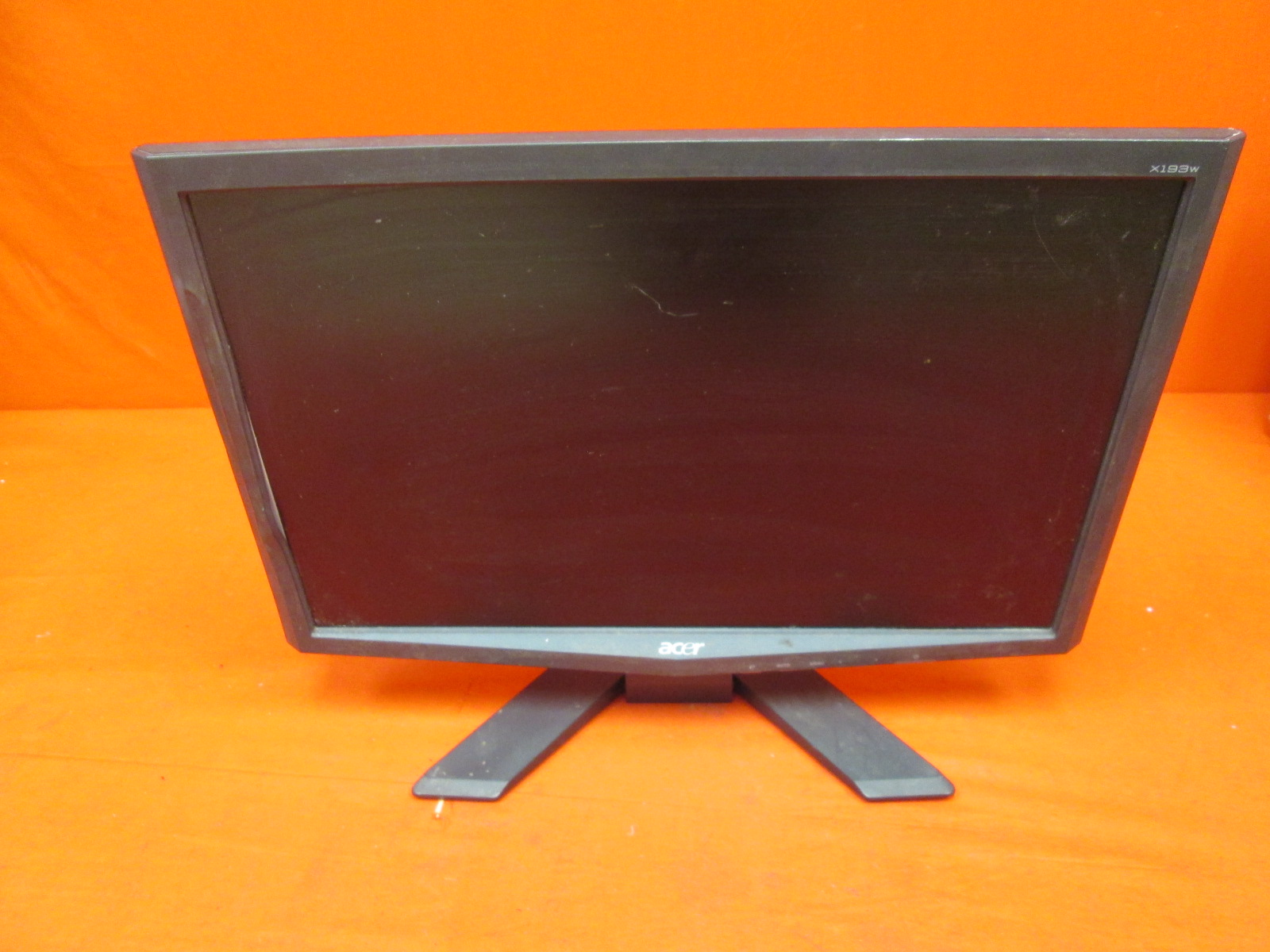 Acer X193WB 19 LCD Monitor