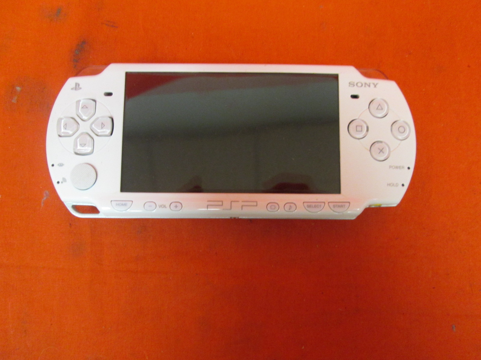 PlayStation Portable 2000 System White
