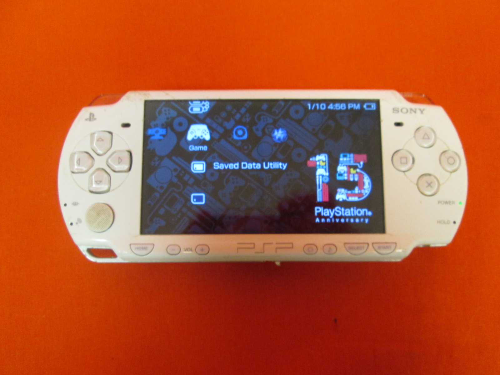 Image 0 of Sony PlayStation PSP 2001 Portable Handheld Game Console White