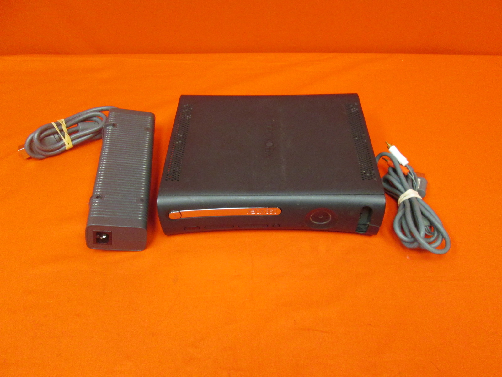 Image 0 of Xbox 360 4GB Video Game Console