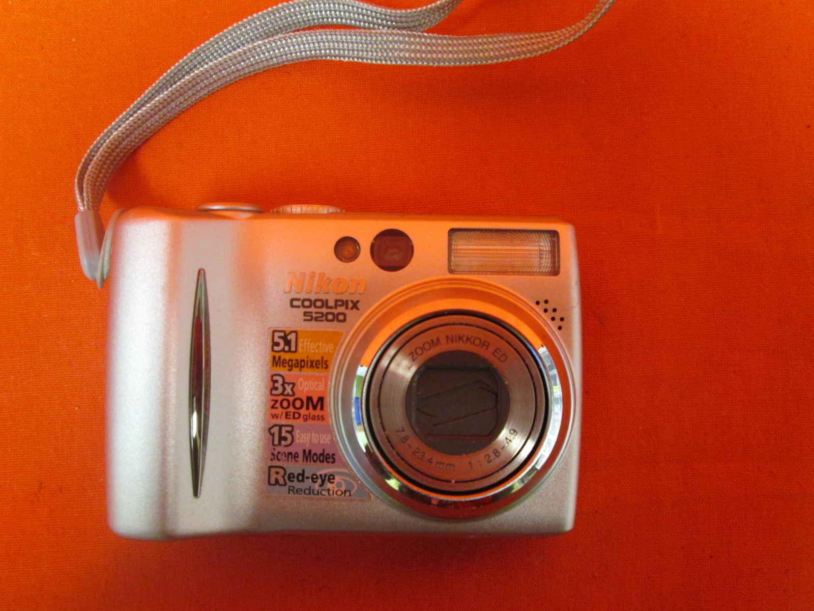 Nikon Coolpix 5200 5MP Digital Camera With 3X Optical Zoom Incomplete