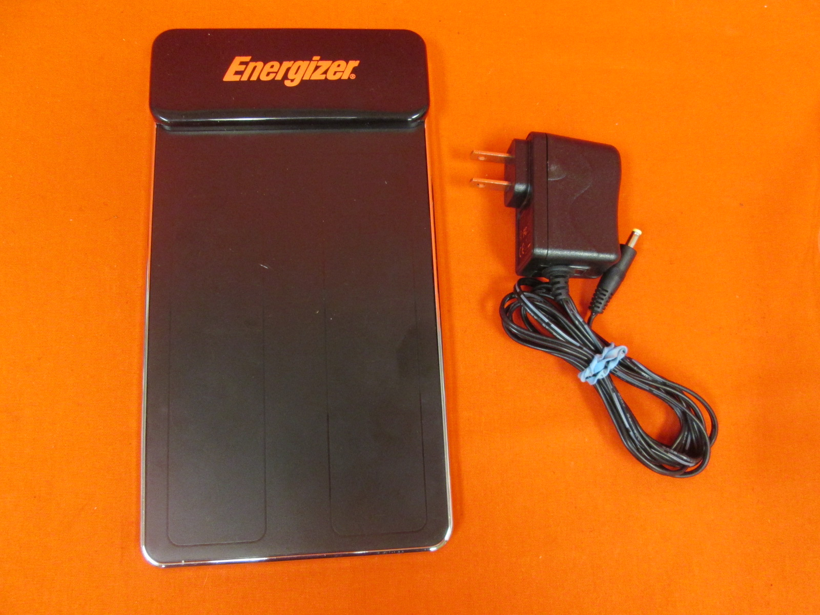Energizer Flat Panel 2X Induction Charger For Wii