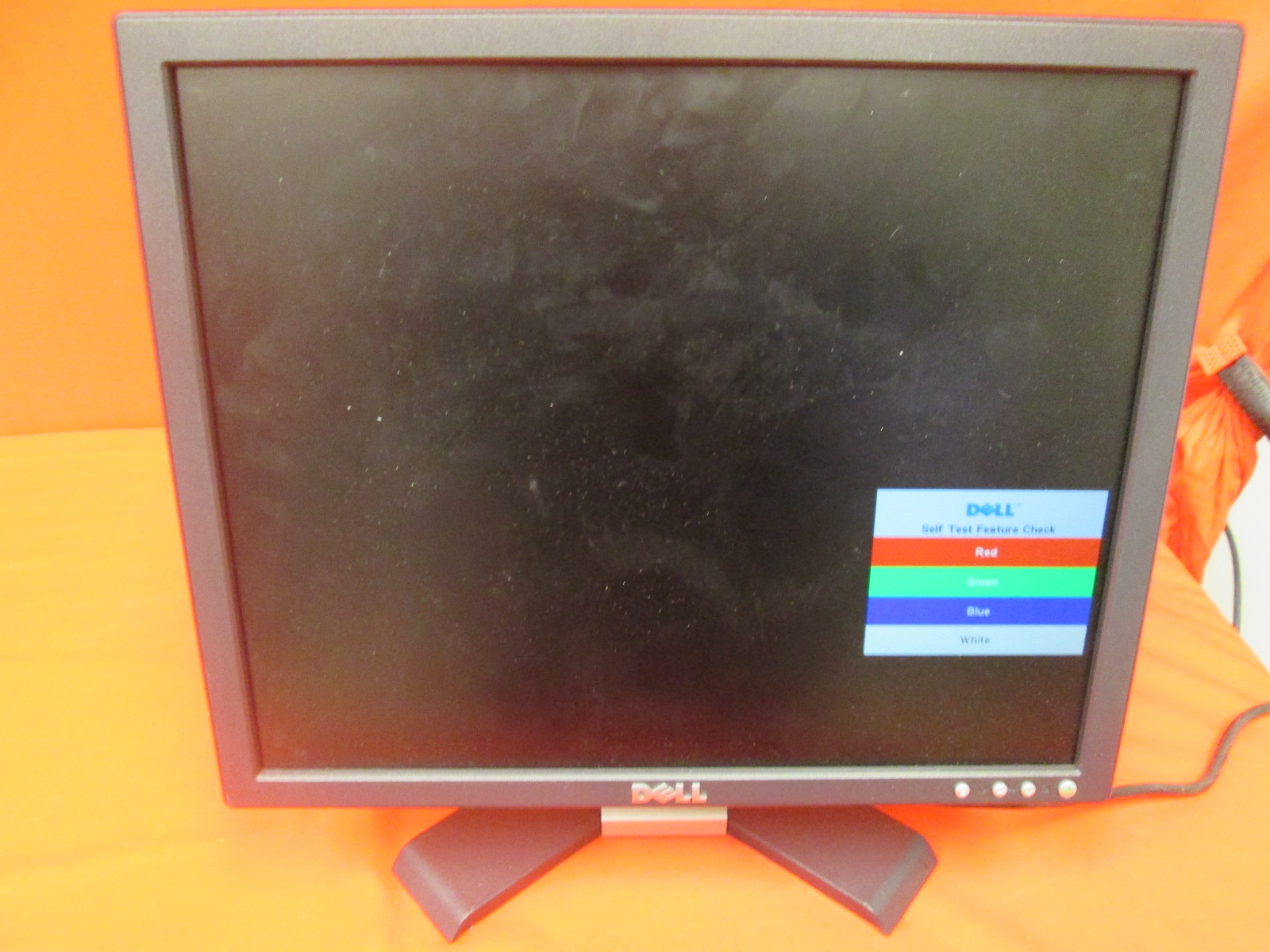 Dell E176FP 17 Inch Flat Panel Monitor Incomplete