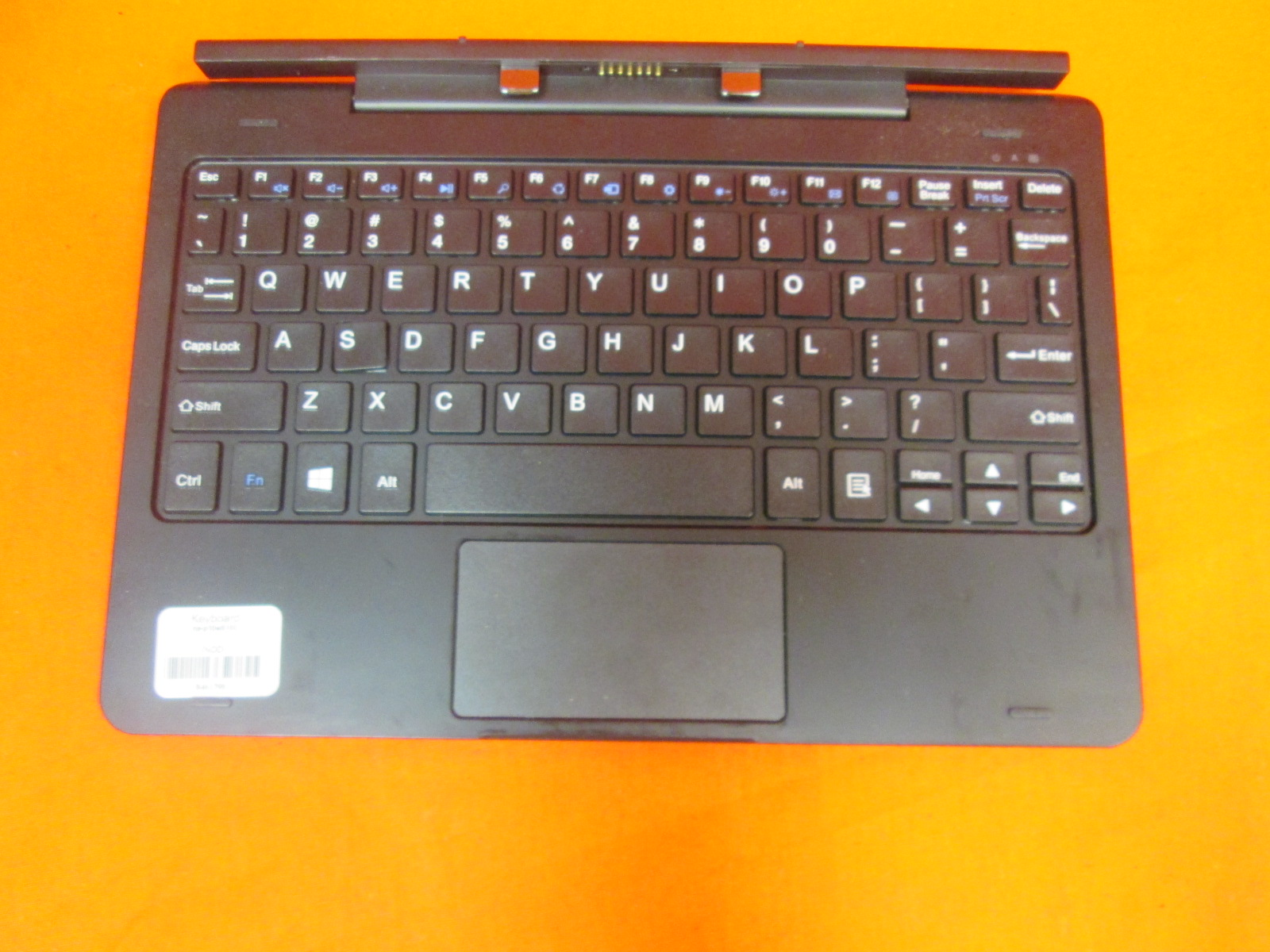 Image 1 of Lot Of 10 Insignia Flex Keyboard NS-P10W8100 10.1