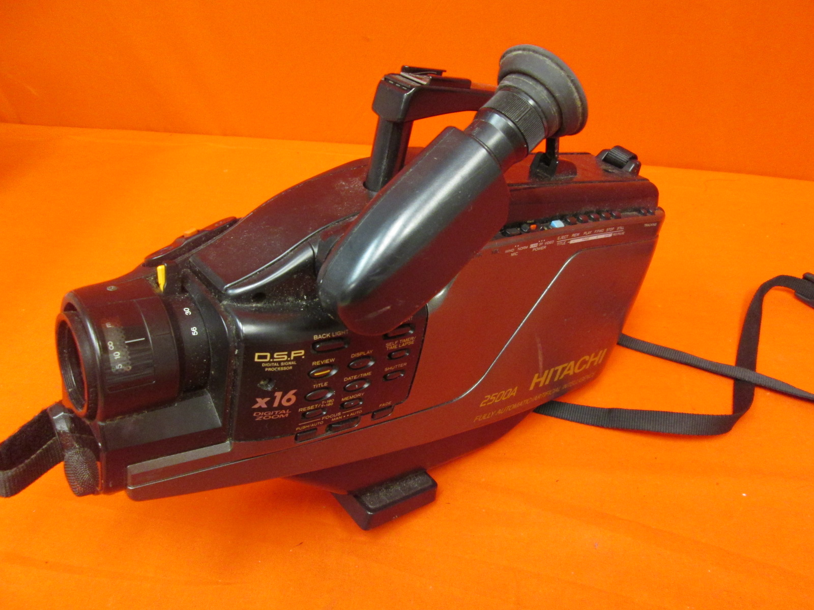 Broken Vintage Hitachi VHS Video Camera Model VM-2500A Incomplete