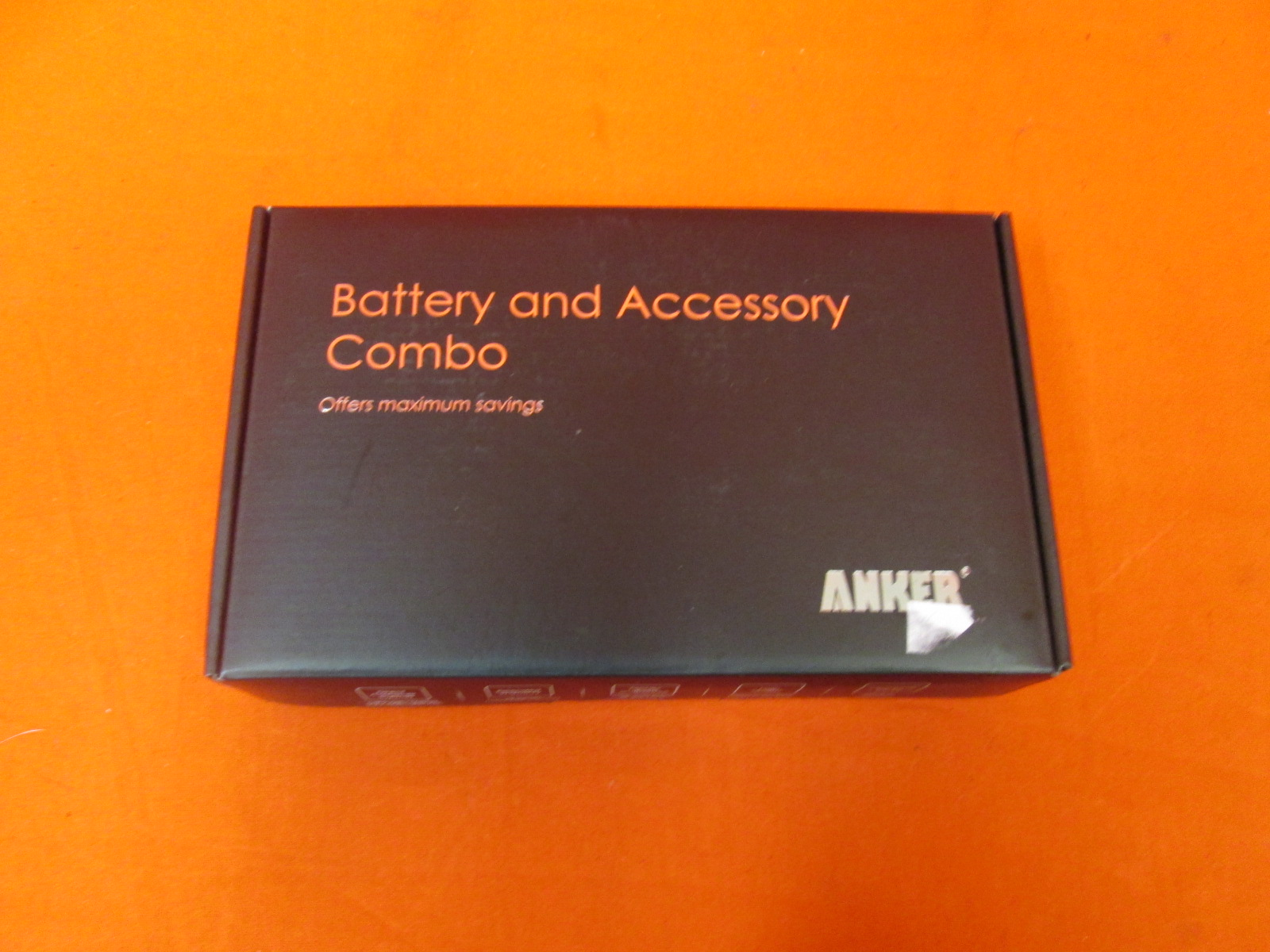 Anker Battery And Accessory Combo 2200 External Universal Wall Charger
