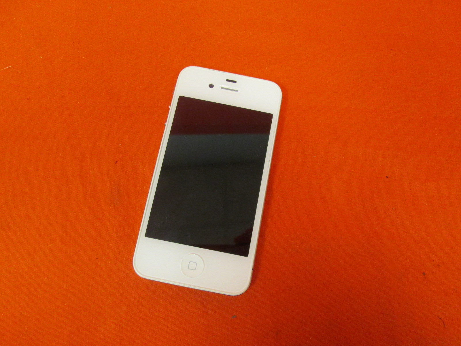 iPhone 4 A1387 Cell Phone Icloud Locked