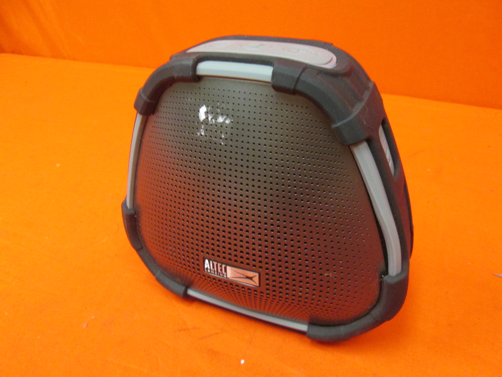 Broken Altec Lansing Versa Bluetooth Speaker Only