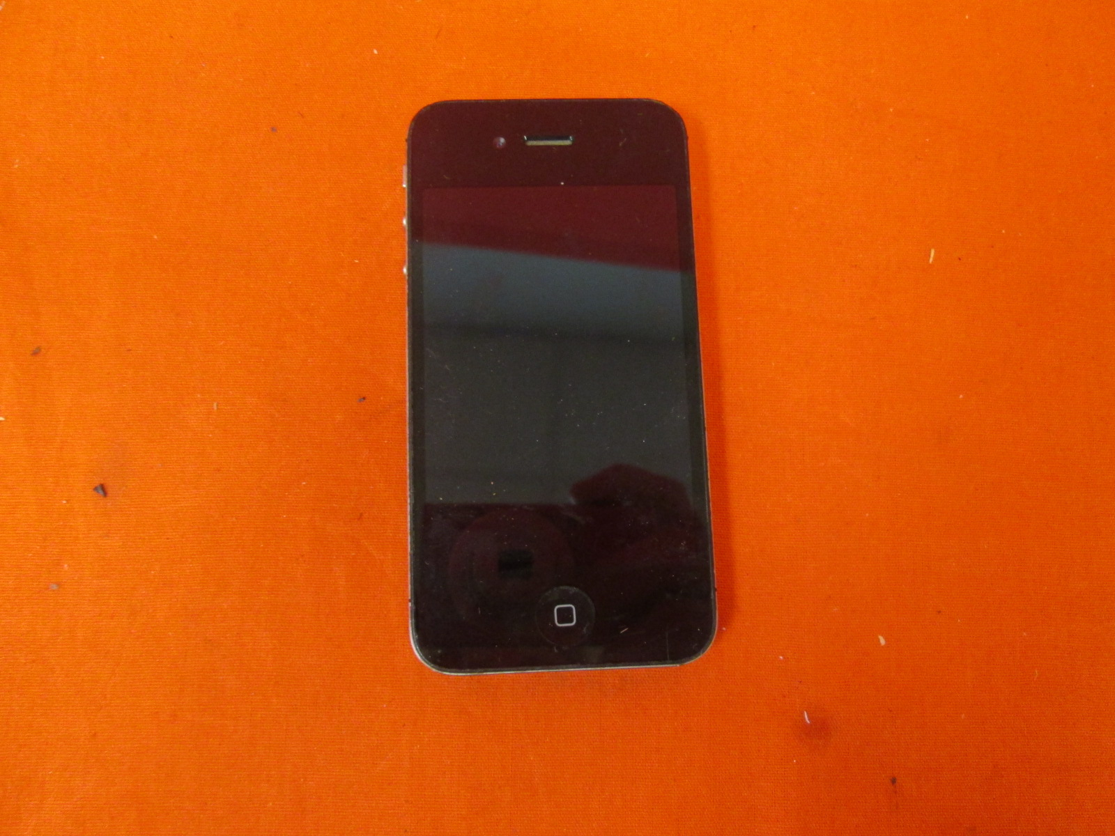 Apple iPhone 4S 16GB Locked Black