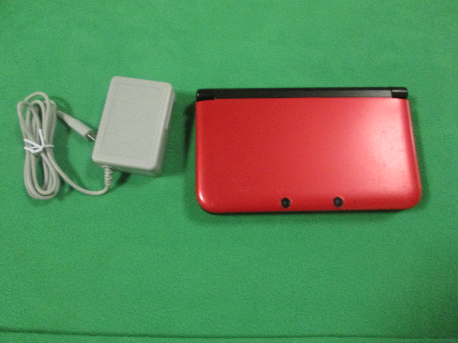 Image 1 of Nintendo 3DS XL Red/black Handheld Console