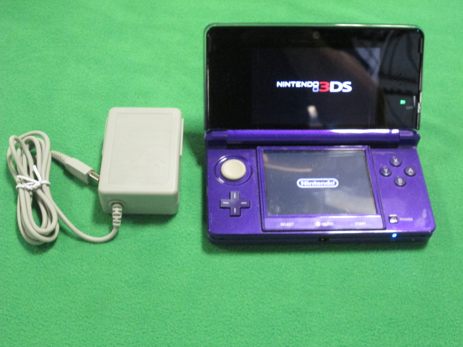 Nintendo 3DS Midnight Purple Nintendo 3DS