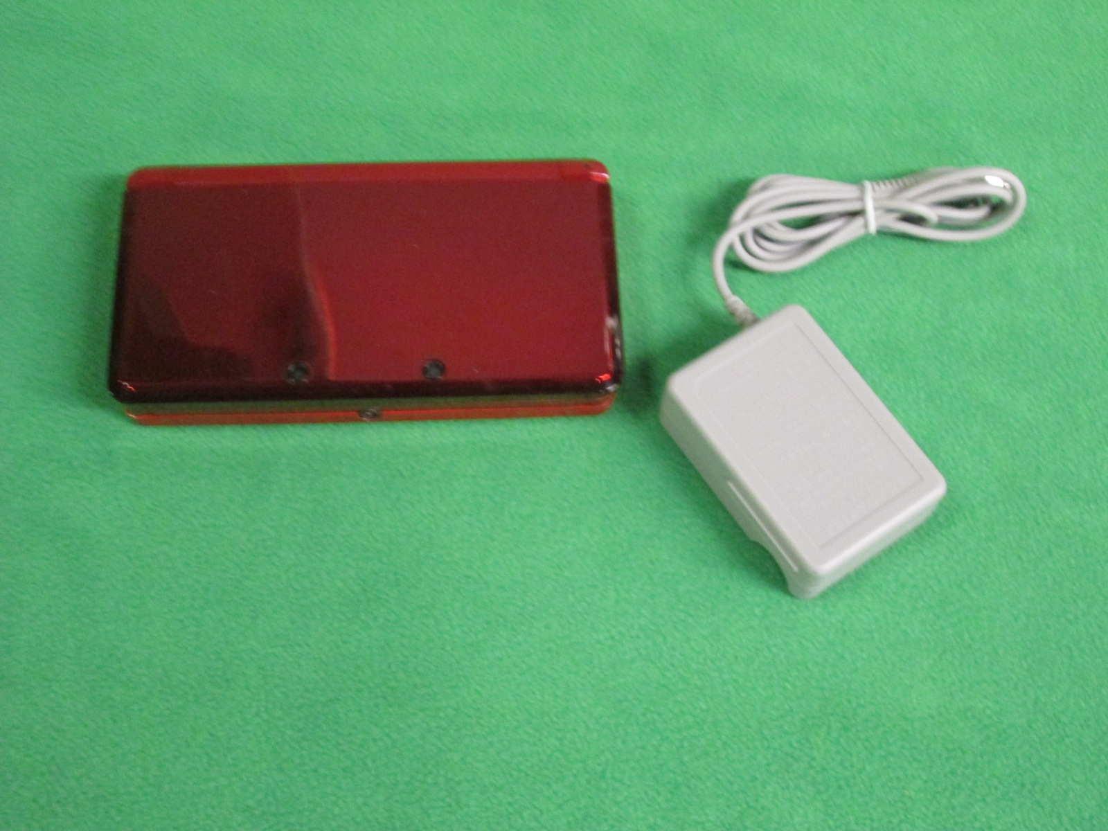 Image 1 of Nintendo 3DS Flame Red