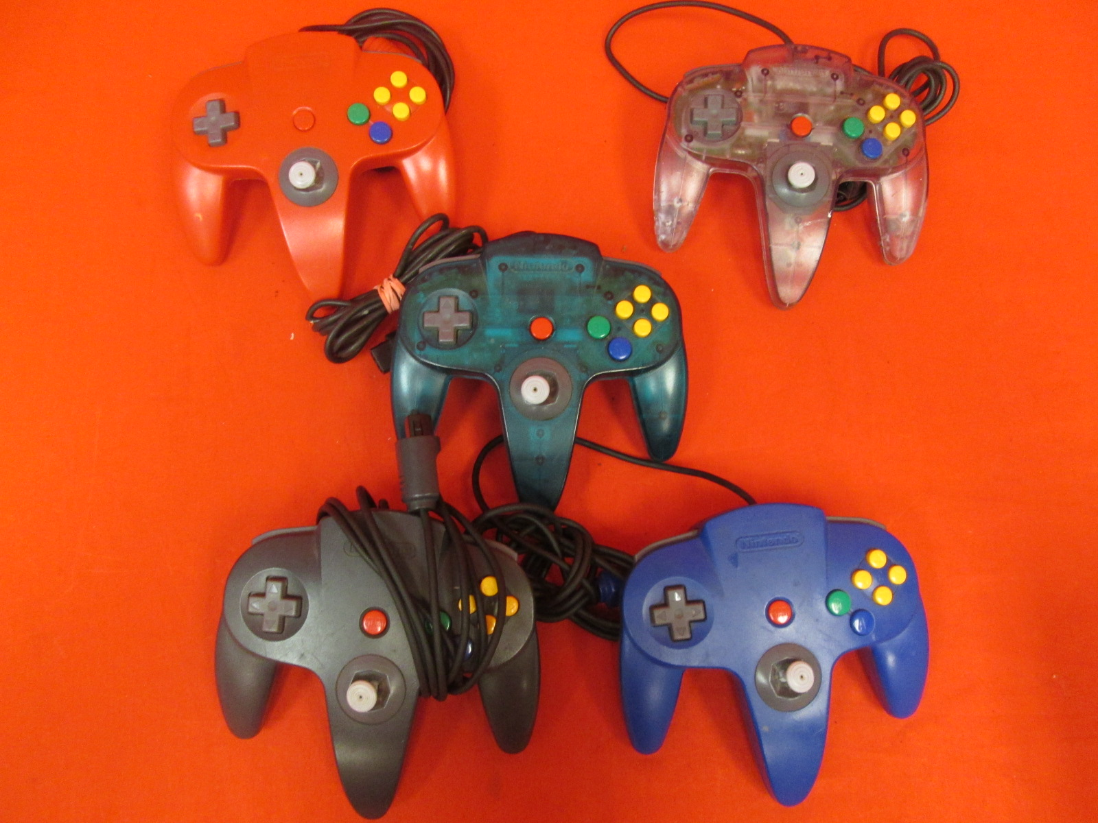 Broken Lot Of 5 Nintendo 64 Controllers Various Color