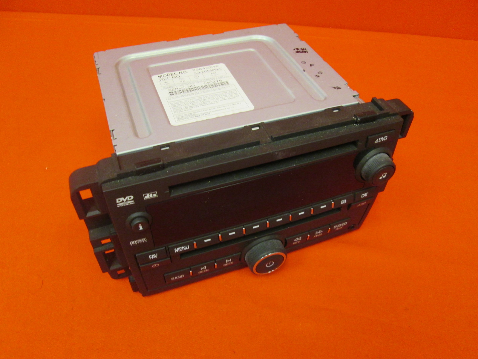 Chevy Gmc Truck 2007-2008 Radio AM FM MP3 CD DVD Player Part Number 25