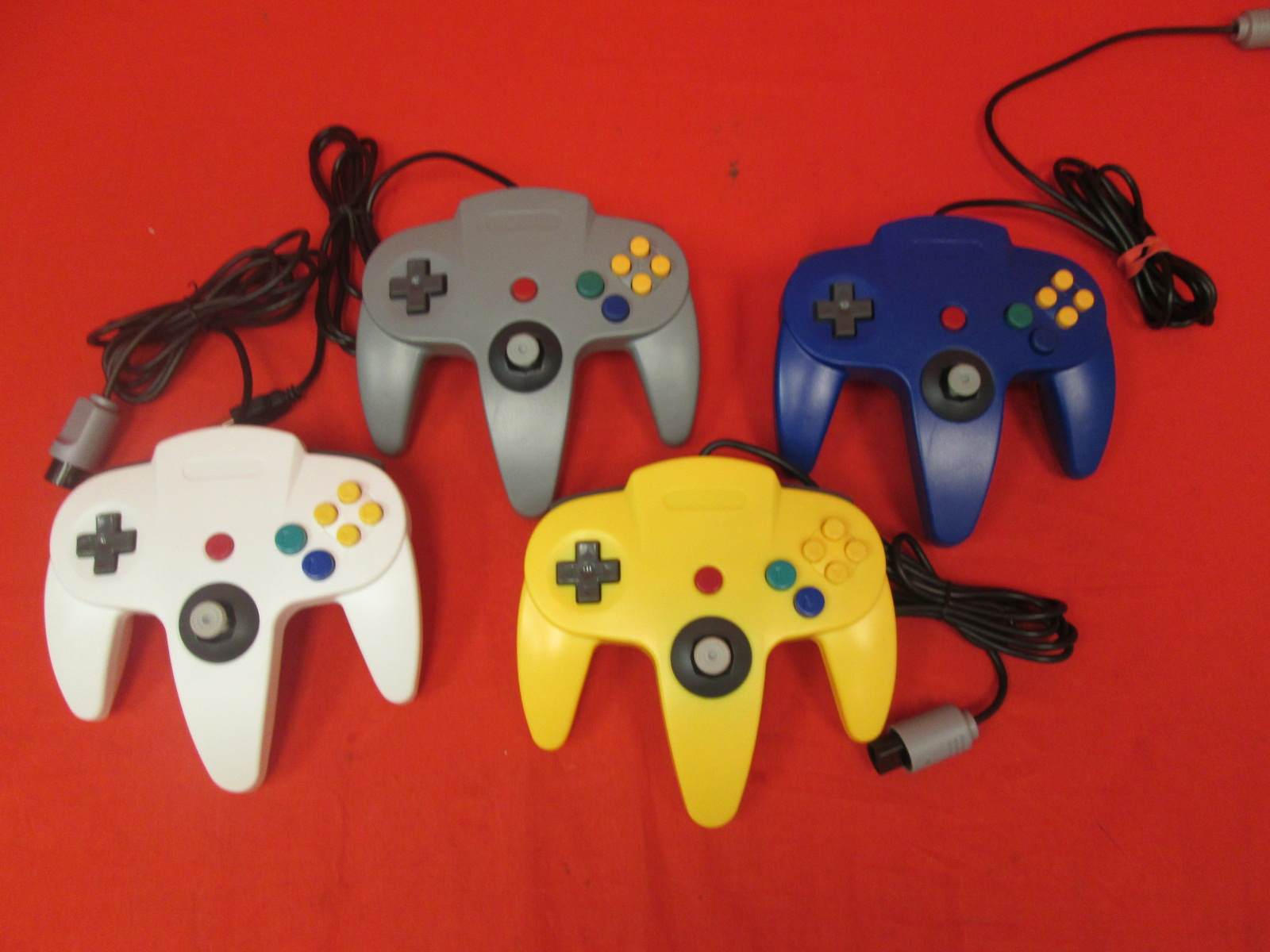 Image 3 of Nintendo 64 System Video Game Console With 4 Controllers