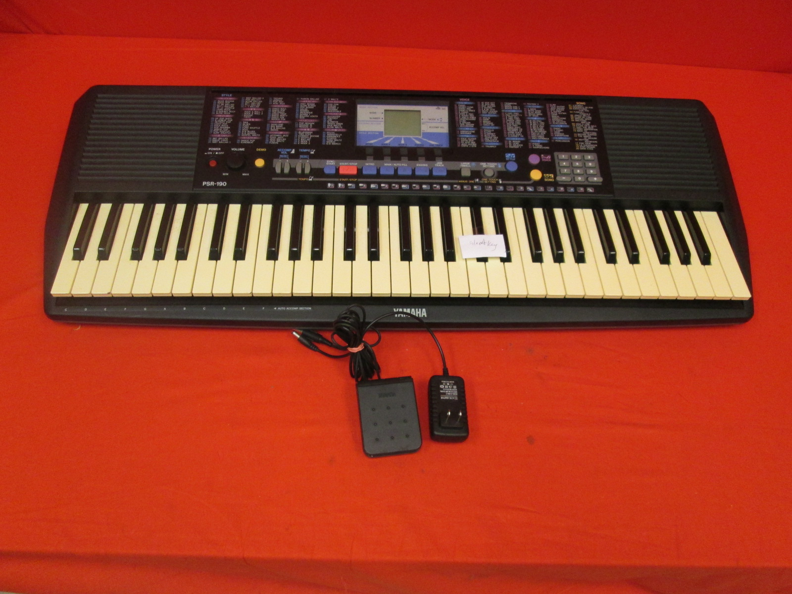 Yamaha PSR-190 Portable Electric Keyboard