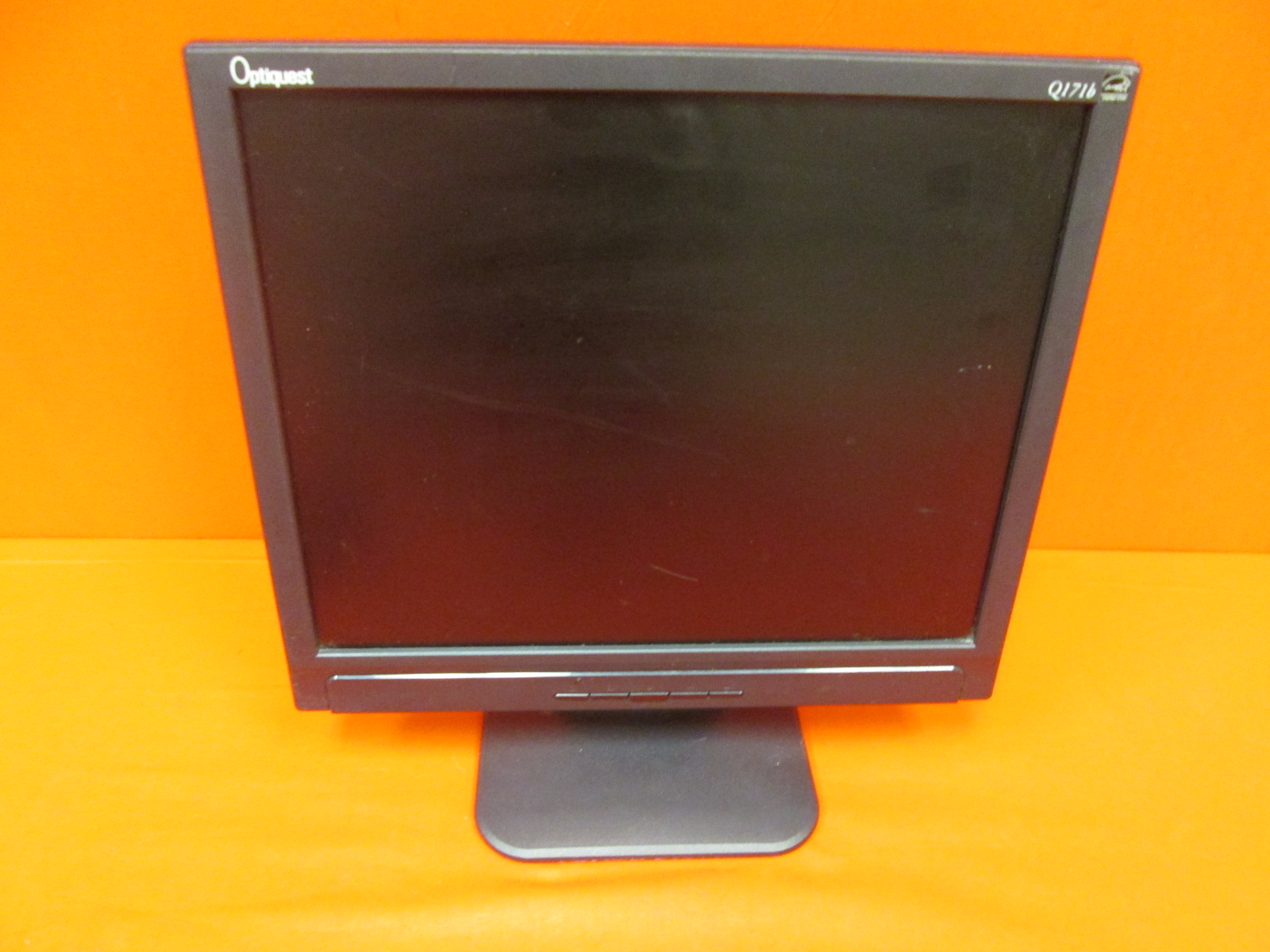 Optiquest Q171B 17 Inch LCD Monitor