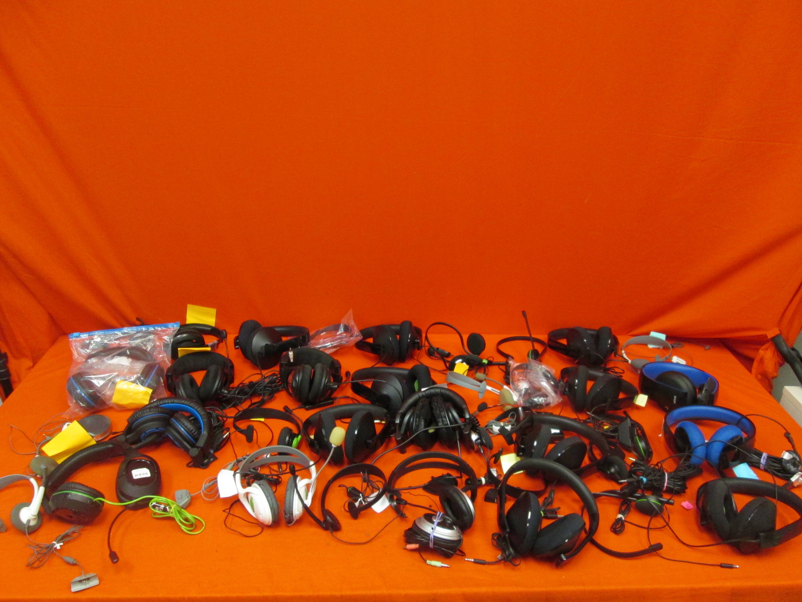 Image 3 of Broken Lot Of 50 Video Game Headsets Turtle Beach Microsoft Sony For