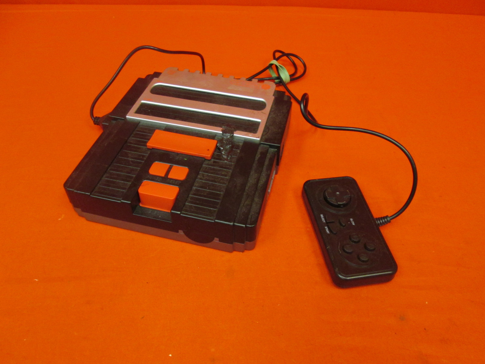 Hyperkin Retron 2 Gaming Console For SNES/ NES Black Incomplete
