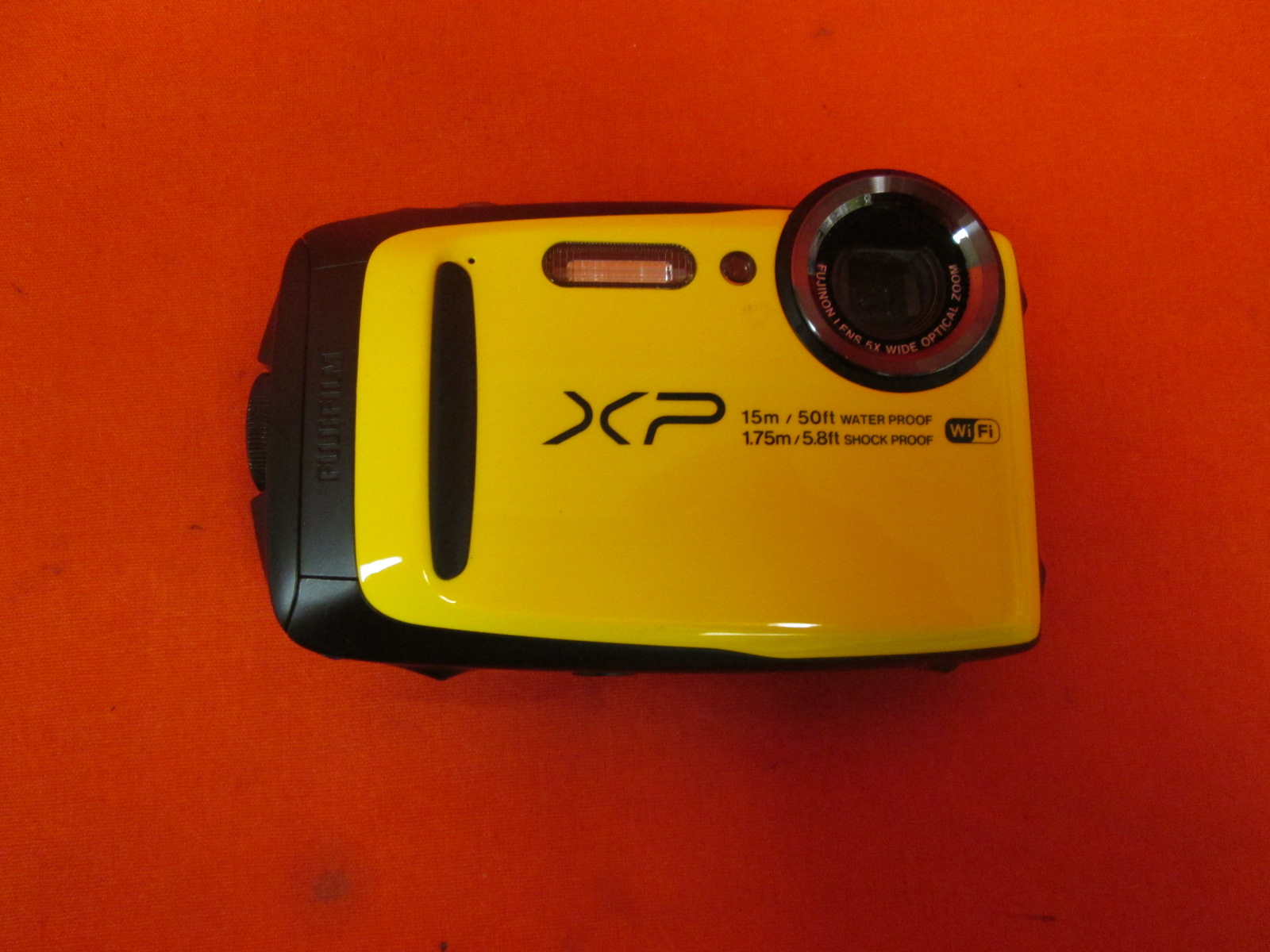 FujiFilm FinePix XP80 Waterproof Digital Camera With 2.7-inch LCD