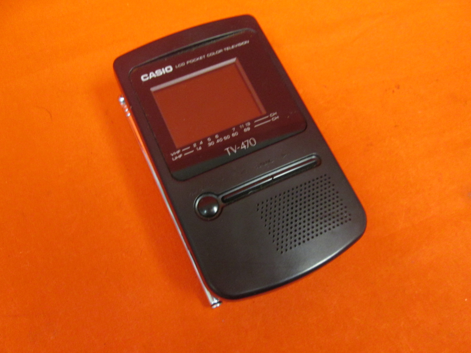Casio TV-470 LCD Pocket Color TV Television Battery Operated With