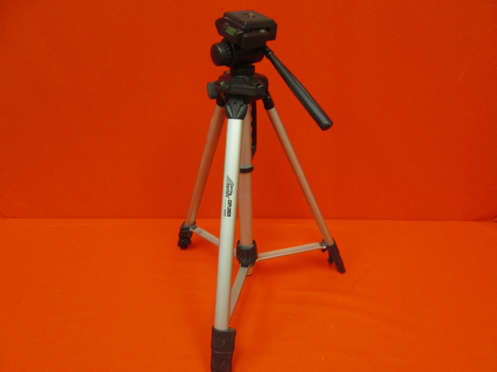 Davis And Sanford Explorer Vista 60-inch Tripod For Cameras And