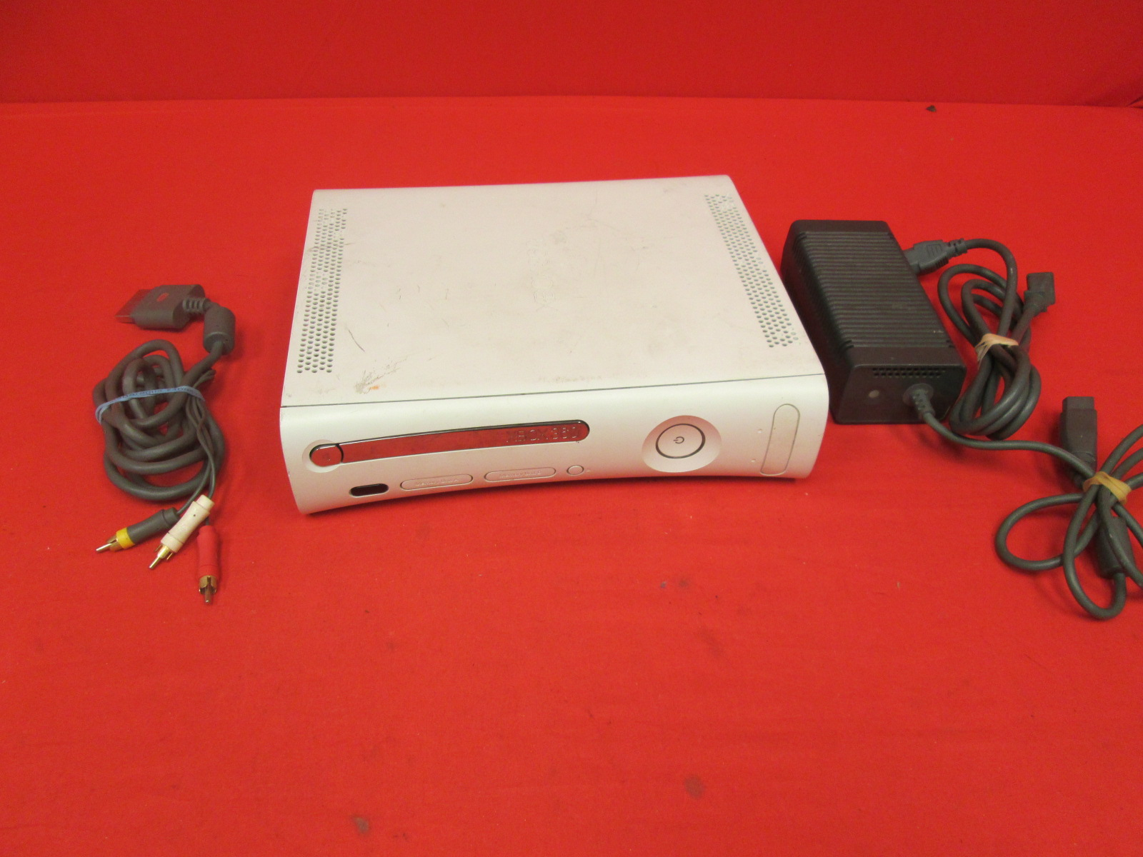 Microsoft Xbox 360 White HDMI Falcon Video Game Console