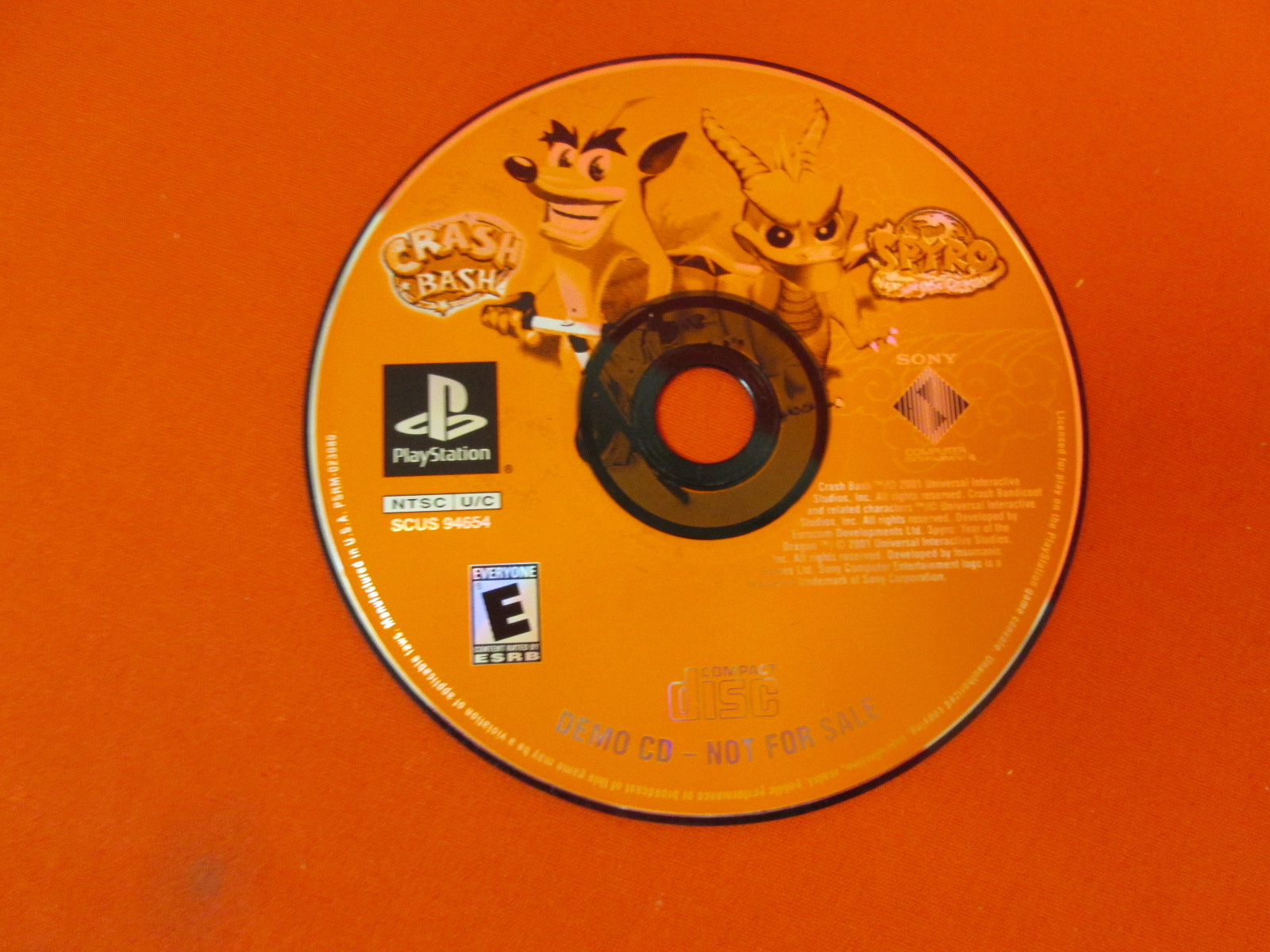 Demo CD Crash Bash And Spyro Year Of The Dragon For PlayStation 1