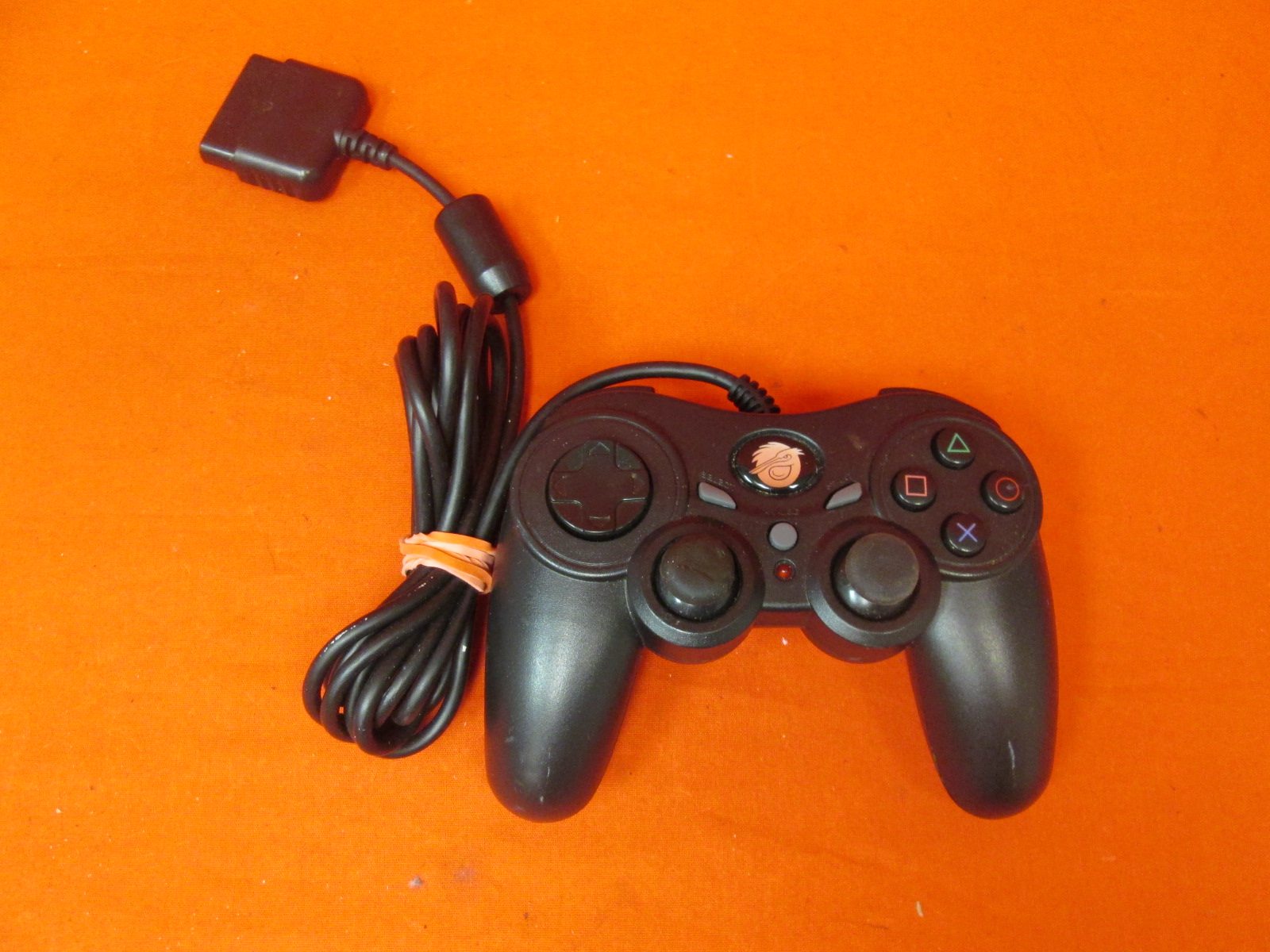 Pelican PL-6604 Retro Shock 2 Fully Analog PS2 Controller
