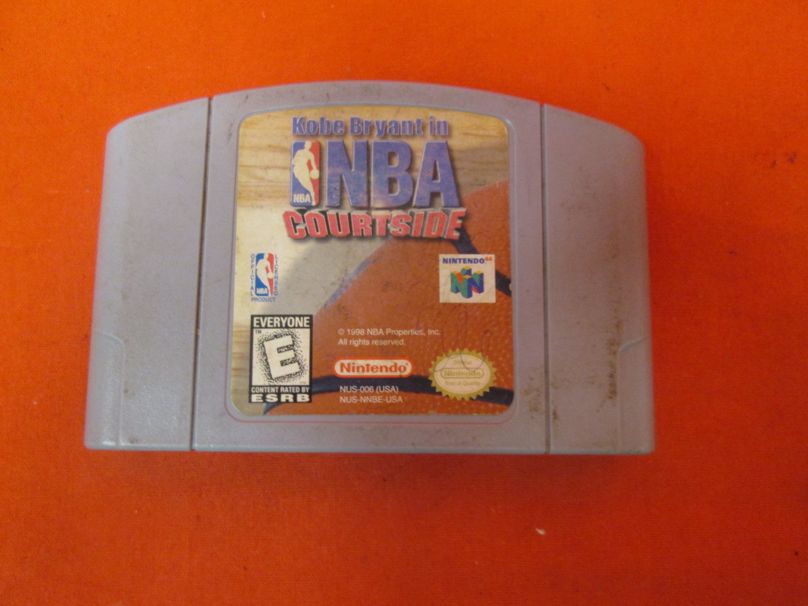 Image 0 of Kobe Bryant In NBA Courtside For N64