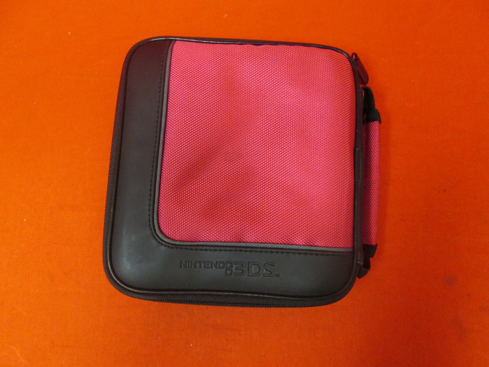 Nintendo Hard Travel Case Red Canvas And Black Leather For Nintendo