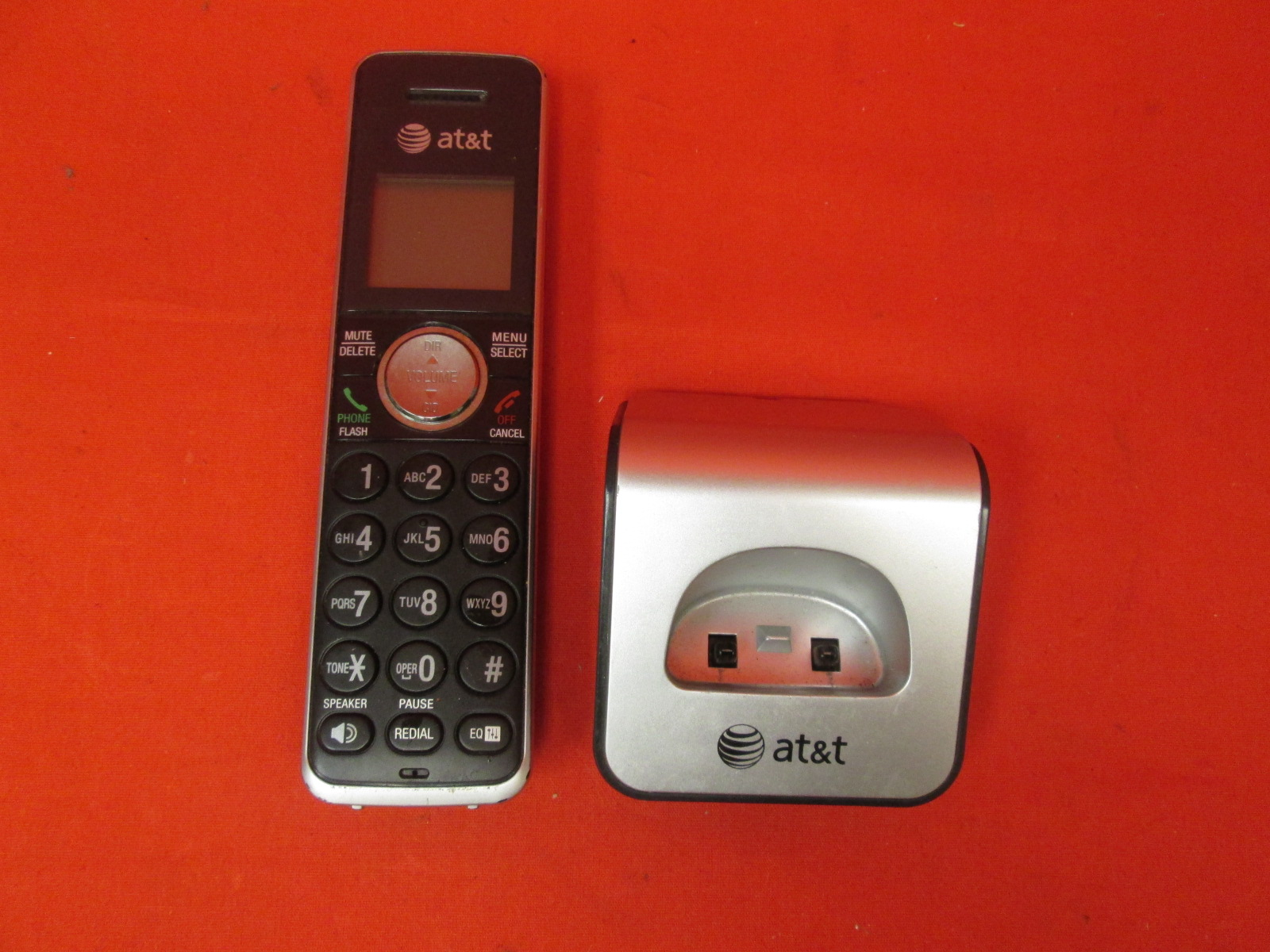 AT&T CL80111 Accessory Cordless Replacement Handset Black/silver For